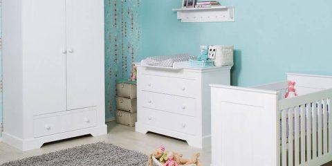 Ledikant in de babykamer