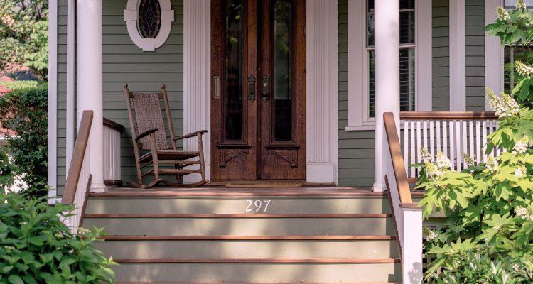 De voordelen van een glazen schuifpui bij de veranda